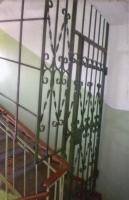 Двери решетчатые - вход на чердак